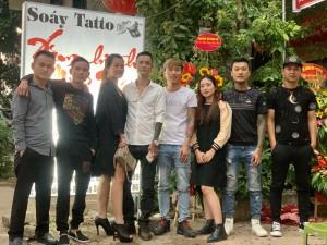Tưng bừng khai trương Soáy Art pháo nổ đỏ rực khắp phố Sàn, Bắc Giang
